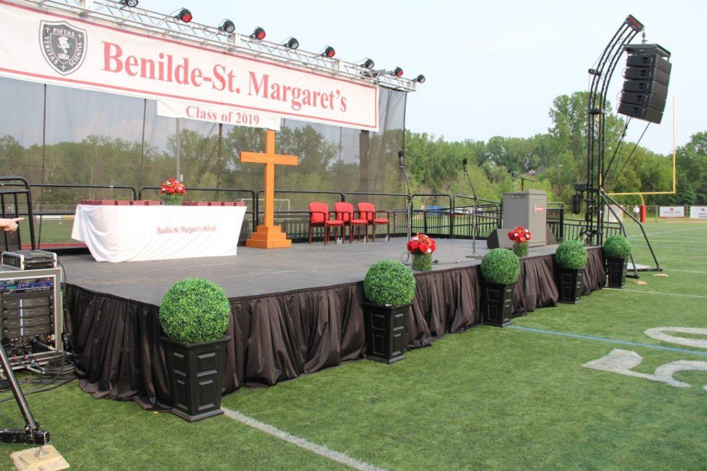 graduation stage rental mpls